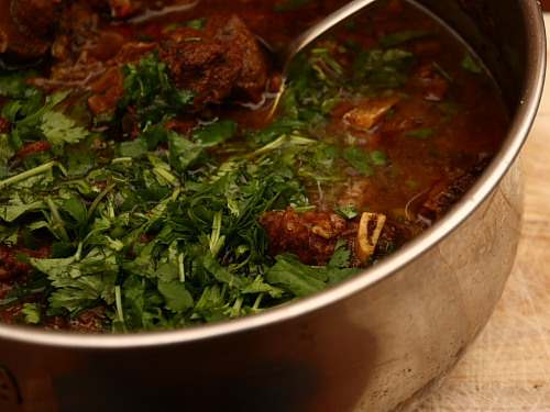how to cook curry goat