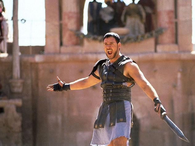 Russell-Crowe-ne-Il-Gladiatore_o_su_horizontal_fixed