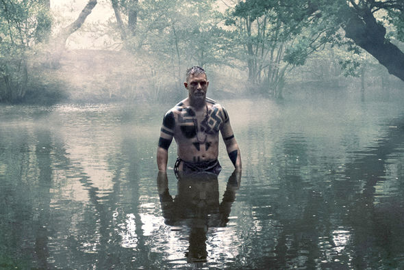 https://i1.wp.com/www.themacguffin.it/wp-content/uploads/2017/04/Taboo-Tom-Hardy-BBC-naked-start-date-779724.jpg?w=708&ssl=1