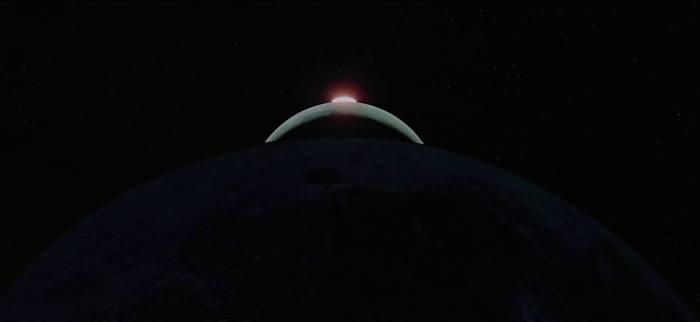 18 2001 odissea nello spazio intro