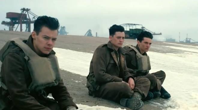 Harry Styles, Aneurin Barnard e Fionn Whitehead