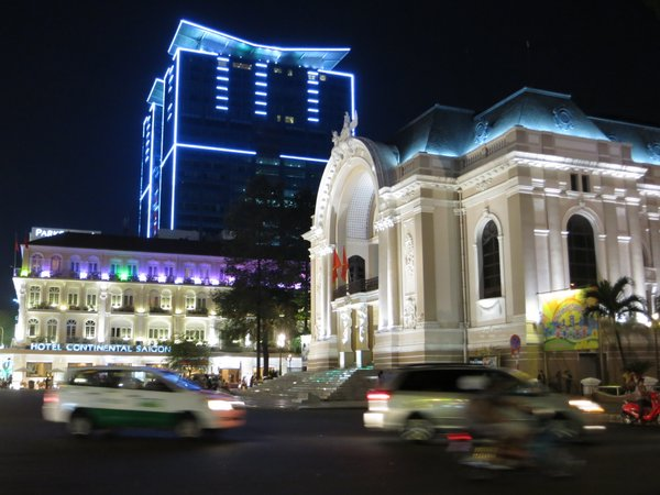 saigon-opera-house (2)