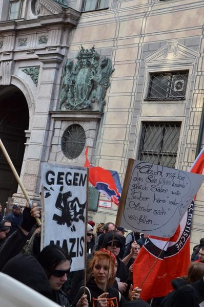munich-anti-nazi-demonstation