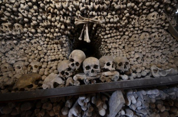 bone-church-sedlec-ossuary-004