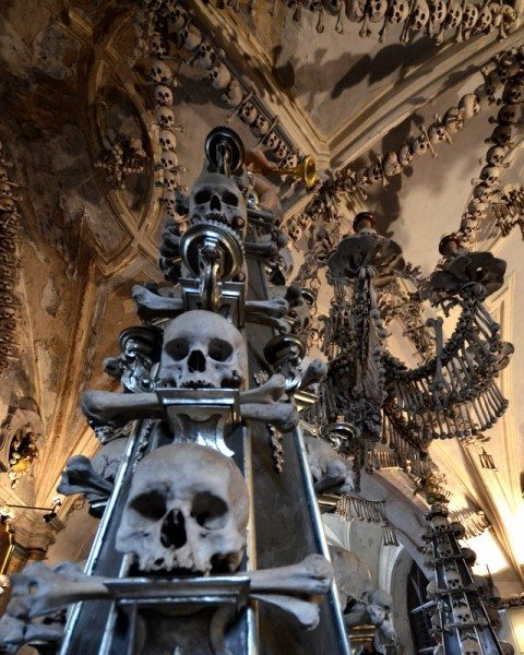 bone-church-sedlec-ossuary-011