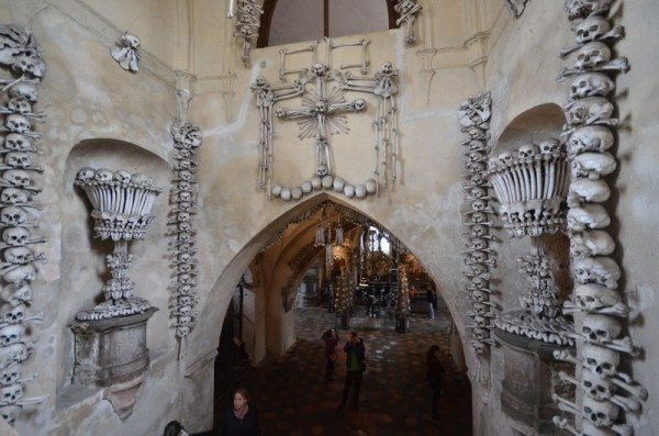 bone-church-sedlec-ossuary-019
