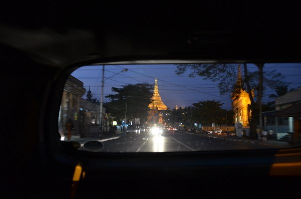 shwedagon-paya-yangon