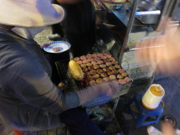 grilled-pork-balls-bahn-mi