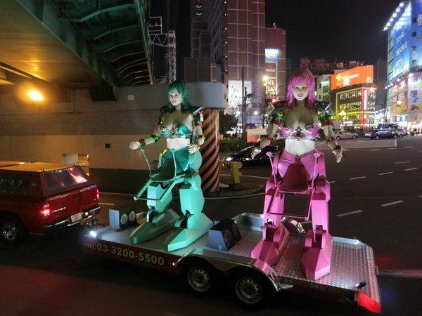 robot-restaurant-shinjuku_7855