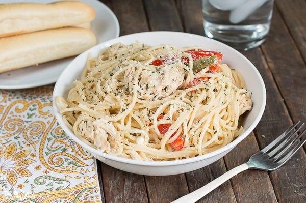 Slow Cooker Creamy Italian Chicken Spaghetti