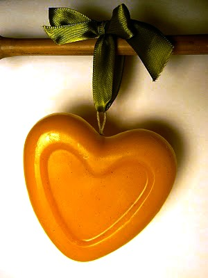 Heart Beeswax Ornament : www.theMagicOnions.com