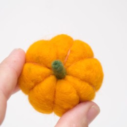 How to Needle Felt an Adorable Pumpkin.
