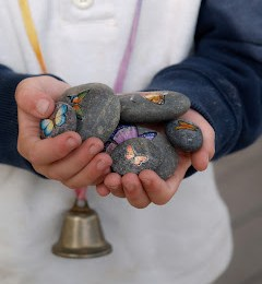 How To Make Beautiful Butterfly Rocks