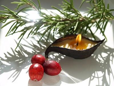 handmade beeswax waldorf acorn candle