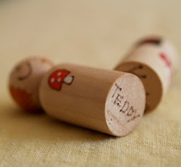 Handmade Chirstmas Gifts :: Painted Peg People