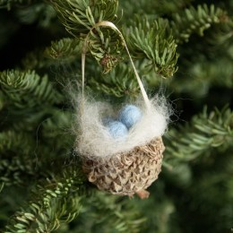 Bur Oak Acorn Nest Ornament :: A Handmade Christmas