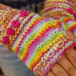 Tutorial for Warm Knitted Fingerless Gloves