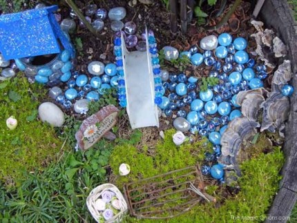 Tara's Fairy Garden : www.theMagicOnions.com