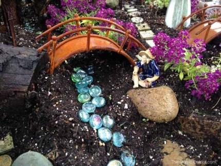 Kim's Fairy Garden : www.theMagicOnions.com