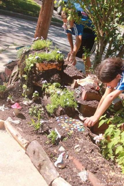 Big Kid Fairy Garden : Fairy Garden Contest : www.theMagicOnions.com
