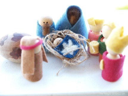 Kid-made Nativity Set : www.theMagicOnions.com