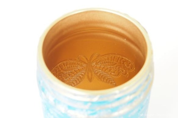 diy craft tutorial of gold spray paint mason jar photo