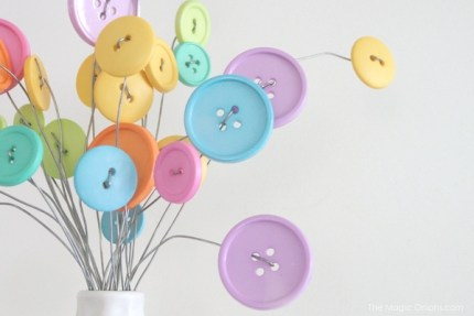 How to make button flowers photo