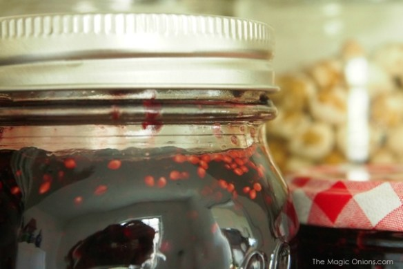 photo of a jar of mulberry jam