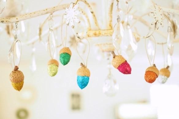 DIY Glittery Acorn Christmas Ornament Tutorial :: www.theMagicOnions.com
