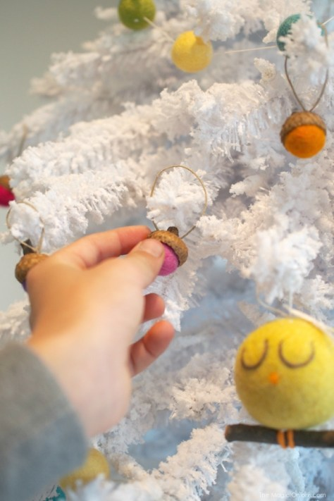 Needle Felted Christmas Ornaments : www.theMagicOnions.com