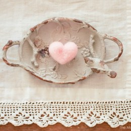 Video Tutorial :: Needle Felted Hearts