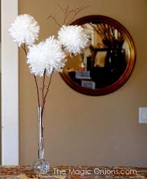Yarn Dandelion Flowers Spring Craft :: www.theMagicOnions.com