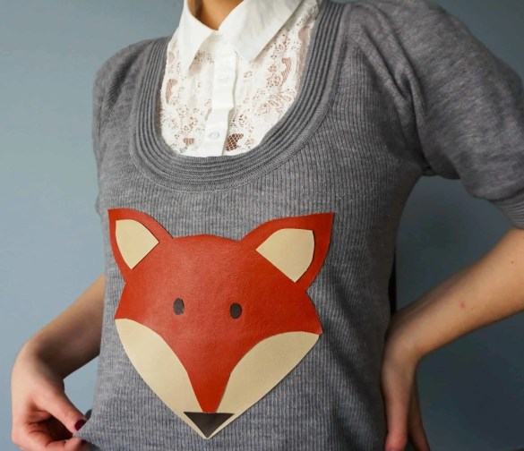How to make your own very easy Fox Print Sweater | DIY by The Makeup Dummy