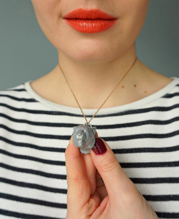 How To DIY Direwolf Animal Pendant Necklace inspired by Game of Thrones - tutorial by The Makeup Dummy