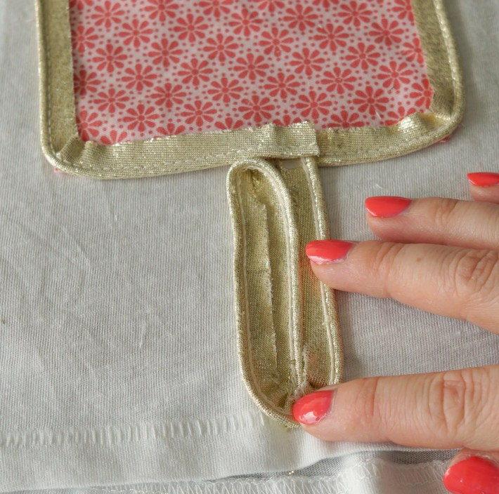How To make a customized ice cream popsicle shirt with fabric scraps! DIY by The Makeup Dummy
