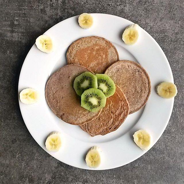 Sunday pancake share! My first time making buckwheat pancakes andhellip