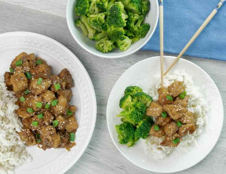 Instant Pot Soy Sauce Chicken made with white rice and steamed broccoli
