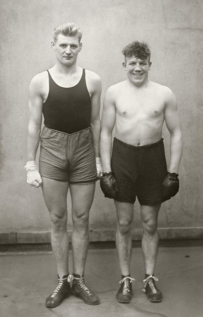 Boxers, 1929  © Die Photographische Sammlung/SK Stiftung Kultur – August Sander Archiv, Colonia; SIAE, Roma, 2015