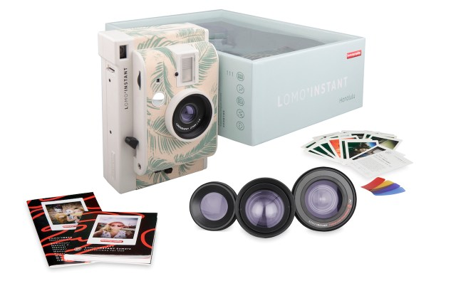 LomoInstant_Honolulu_Packaging_contents