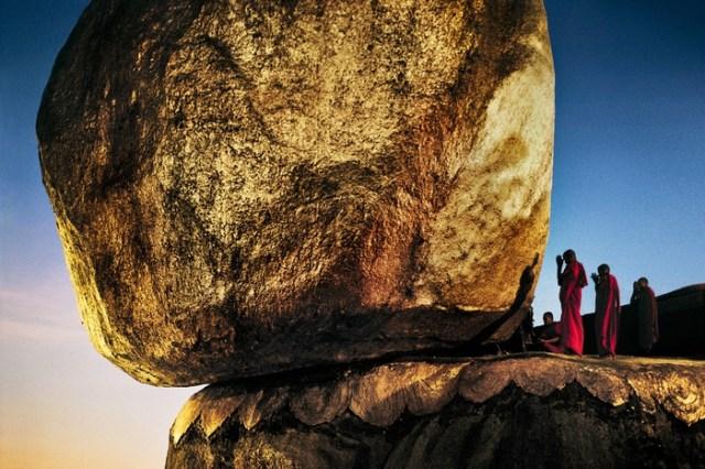 Kyaikto, Birmania: Burma 1994  ©Steve McCurry