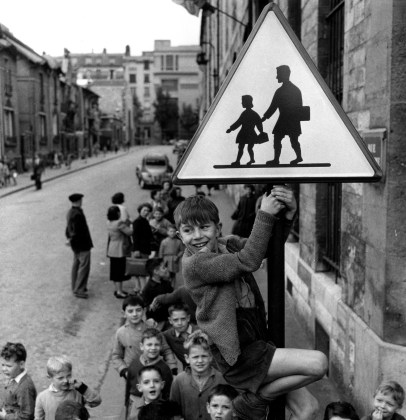 Robert Doisneau, Les ecoliers de la rue Damesme, Paris 1956 @ Atelier Robert Doisneau