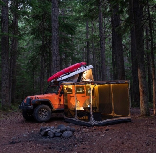 tent attached to jeep