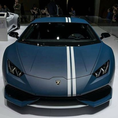 blue lambo with white racing stripe