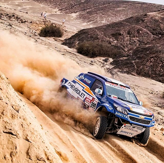 chevy rally truck in sand
