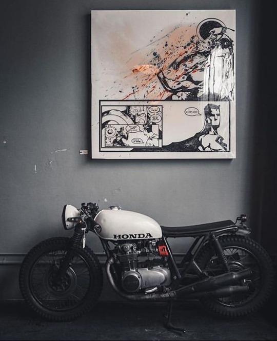 honda cafe racer under painting