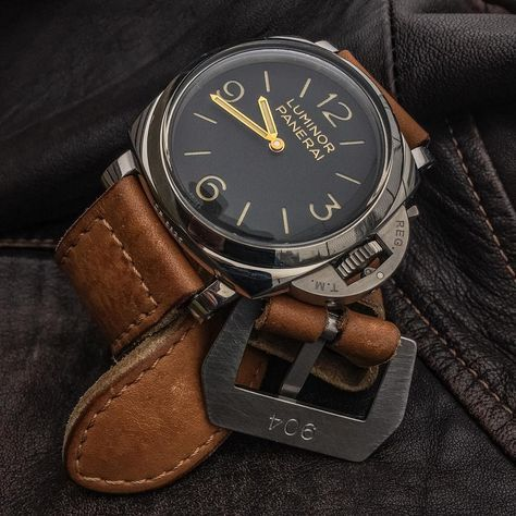 Panerai Luminor 372