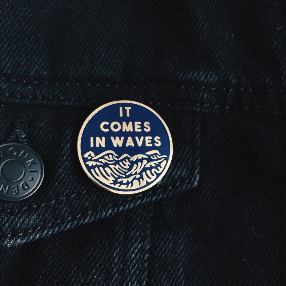 it comes in waves button