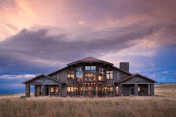 A cabin full of windows to see the big sky of Montana