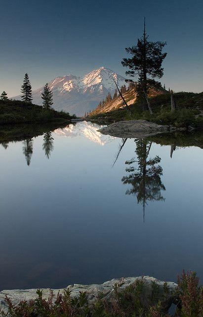 Heart Lake - Mount Shasta - California