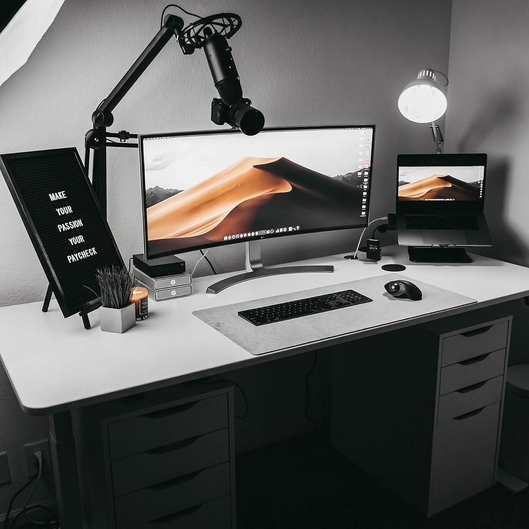 the manly life - clean and manly work space